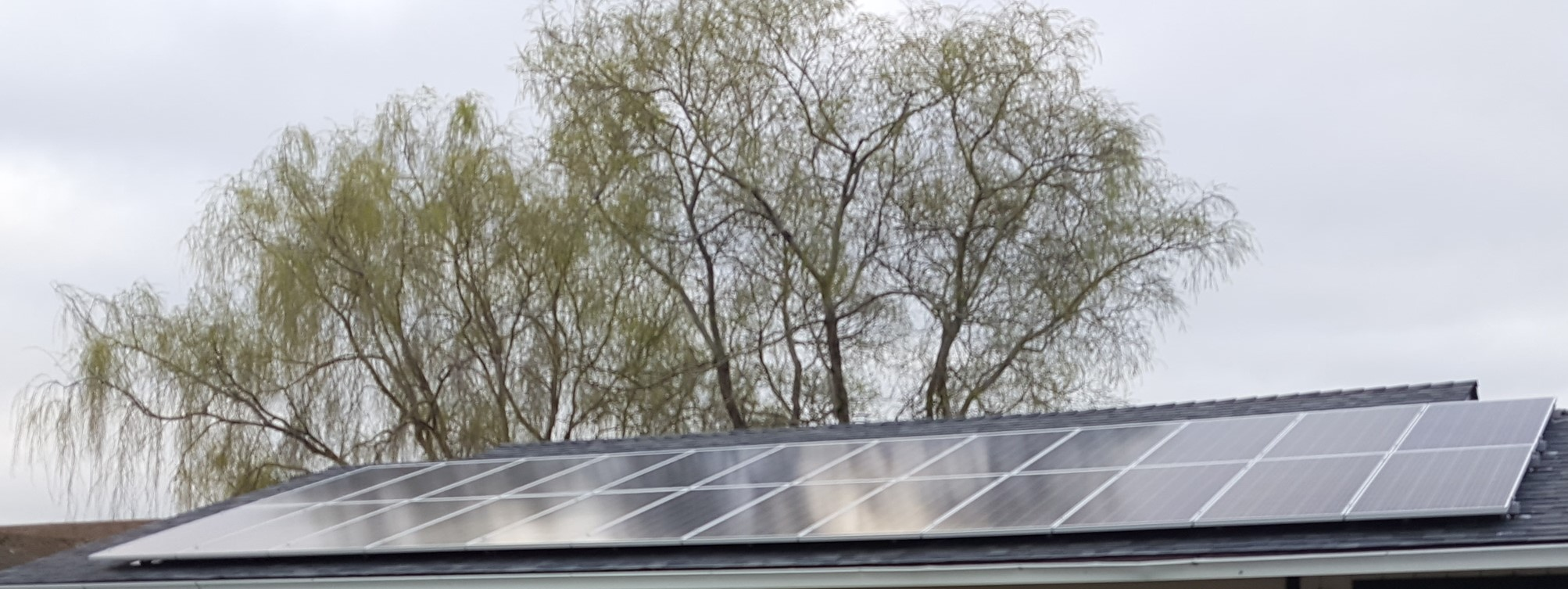 Solar.roof.panels