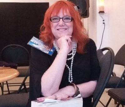 Interview with author Pamela Lee