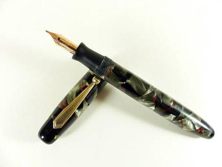 1939 Parker Parkette Mechanical Pencil and Fountain Pen Set
