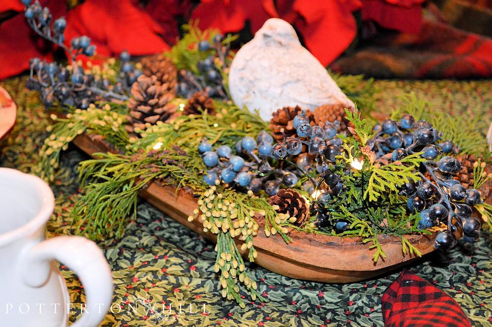 Festive Christmas Centerpiece_PottertonHill.com