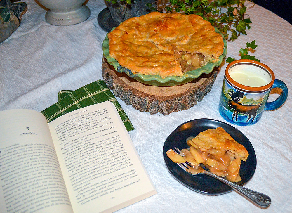 Book Break with Gallagher's Hope - Delicious Apple Pie - MK McClintock