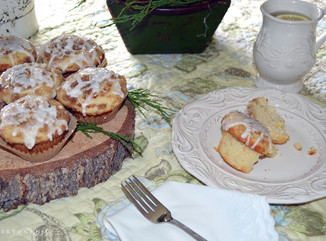 Apple Cupcakes with Pecan Streusel and Sunny Flowers