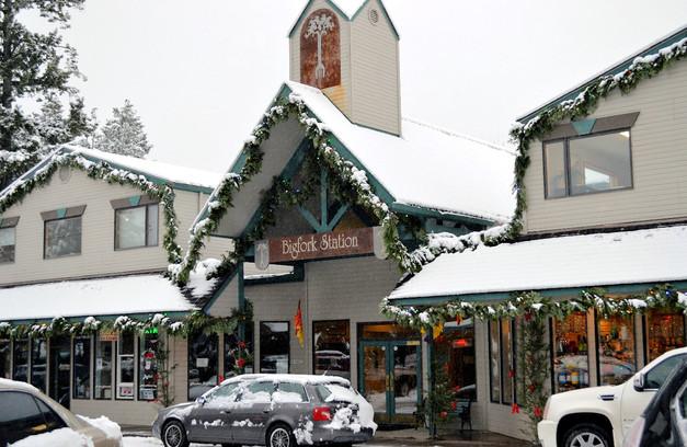 Bigfork Christmas Village_PottertonHill.com_MK McClintock