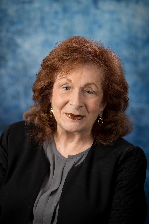 Author M. Glenda Rosen