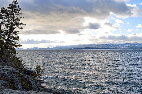 Windy day Flathead Lake_MK McClintock.jp