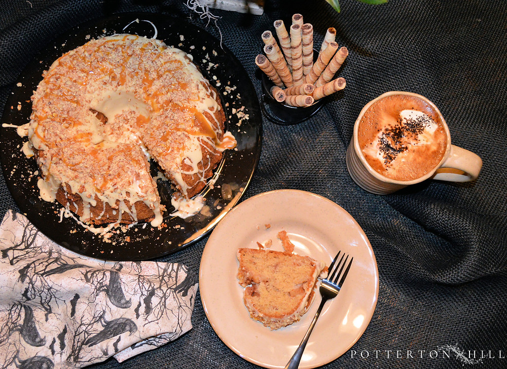 Caramel Apple Pound Cake_PottertonHill.com | #cake #recipe #dessert #foodstyling