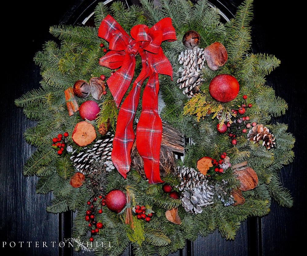Christmas is Coming_PottertonHill.com_Christmas wreath