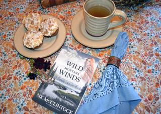 Tea Time with Wild Montana Winds - Apple Cupcakes