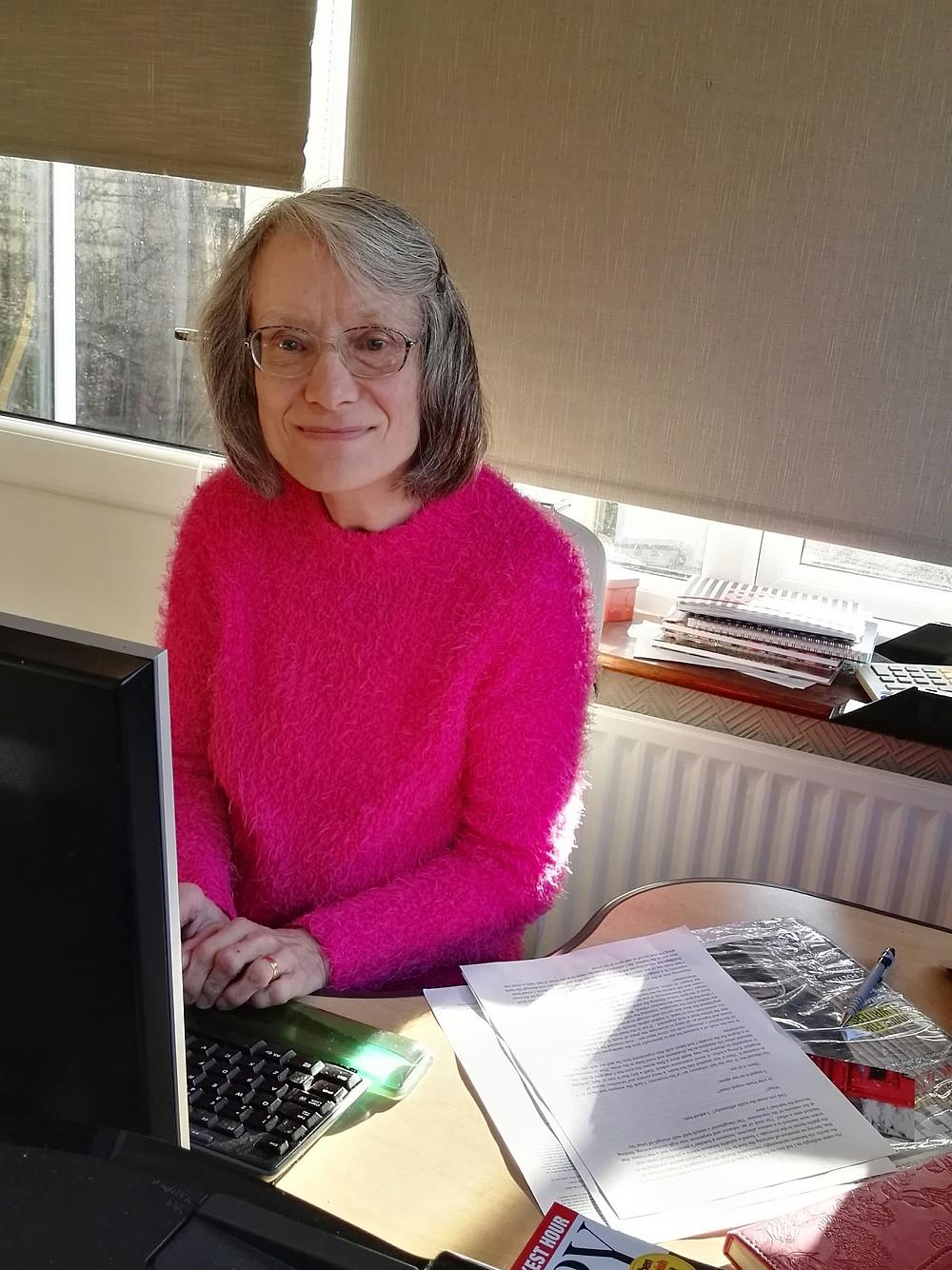 Author Toni Mount