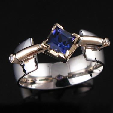 Sapphire-14k-TT-Crossbar-Ring.jpg