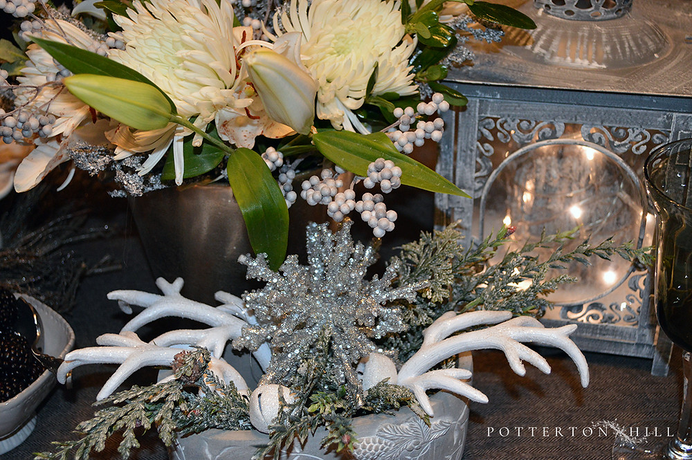 Winter Tablescape_PottertonHill.com