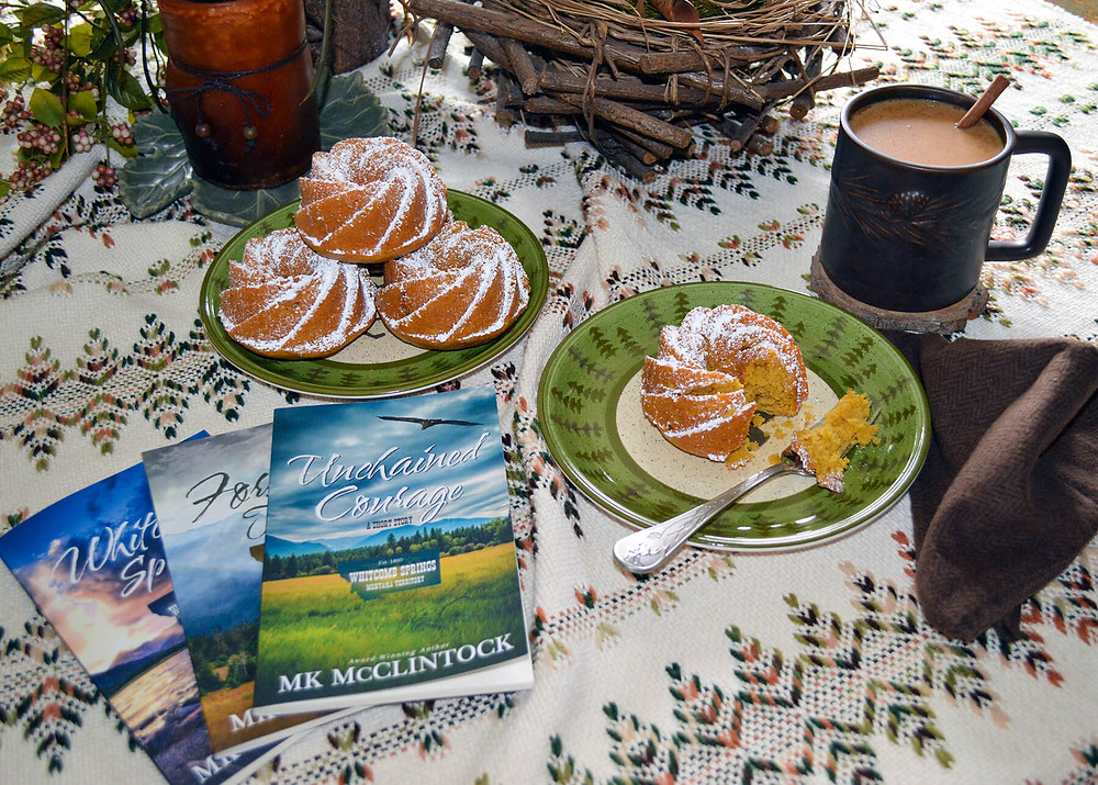 Book Break in Whitcomb Springs - Spiced Pumpkin Cakes
