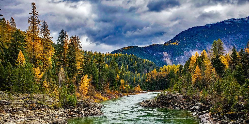 montana-river-1874264_1920_edited.jpg