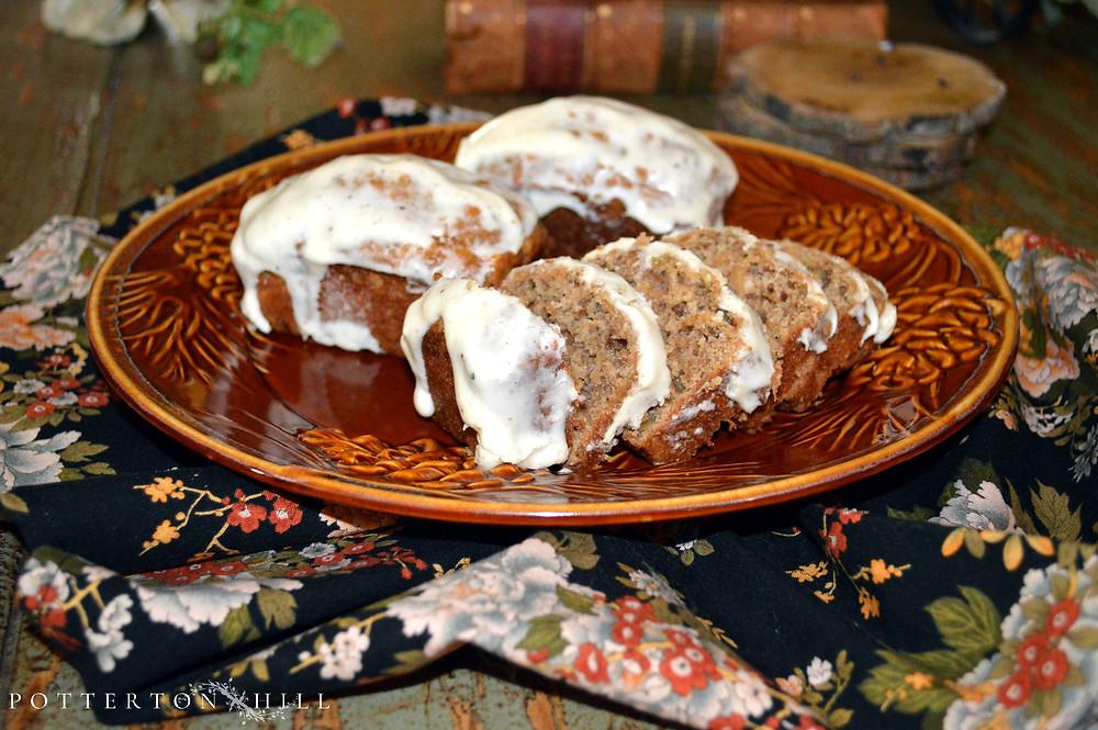 Spiced Apple Bread with Cream Cheese Glaze_PottertonHill.com | #recipe #applebread