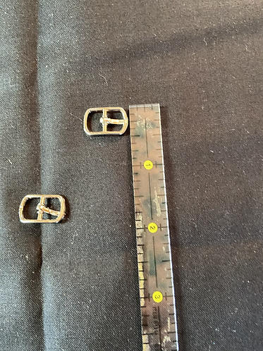 Doll size buckle