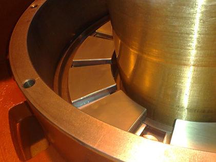 vertical bearing assembly thrust pads.jp