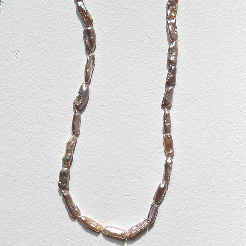 Collier perles baroques clairs