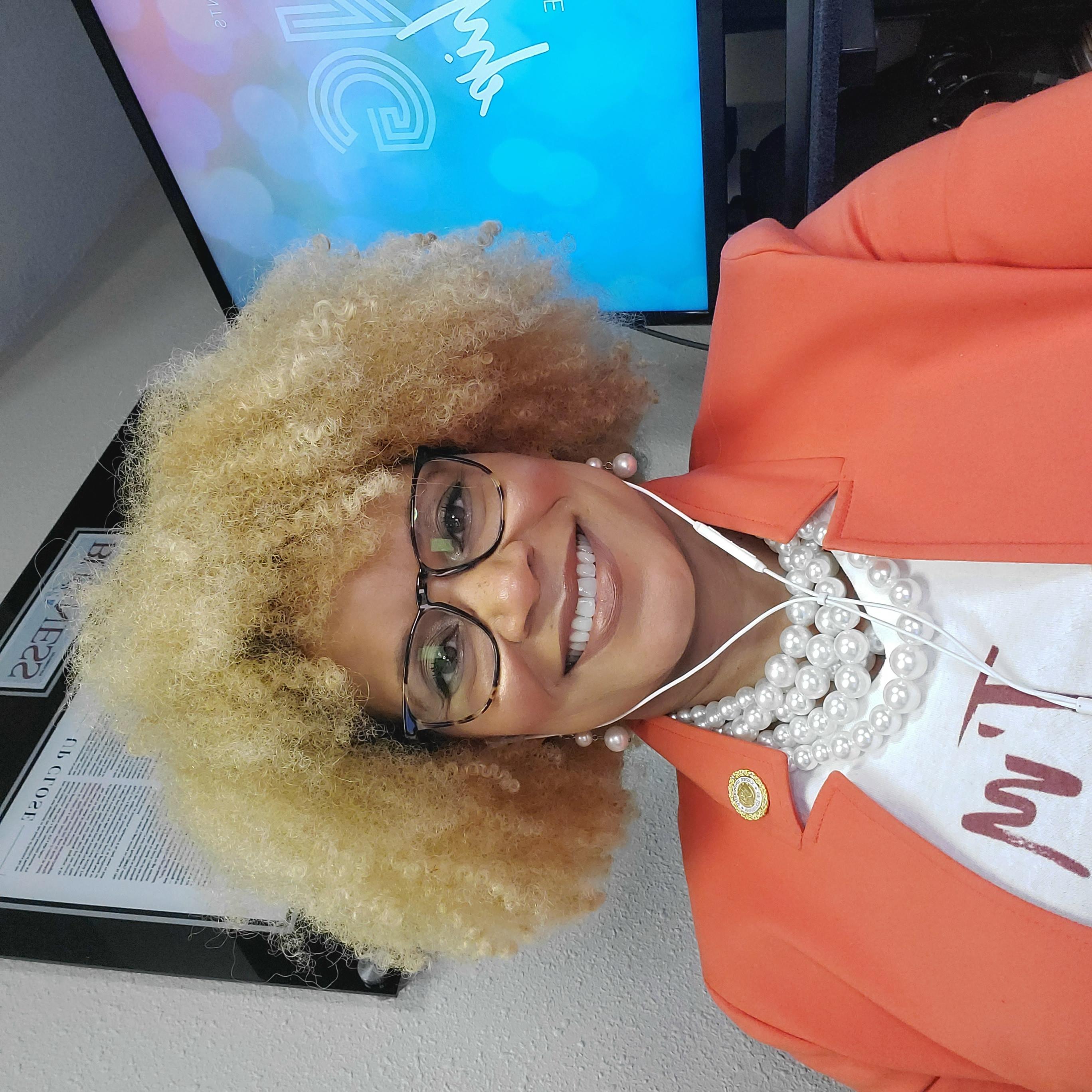 Demetria Hill Sloan | Vantage Point Coaching, LLC | Change Your Vantage Point, Change Your Life