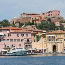 Le vieux port de Portoferraio