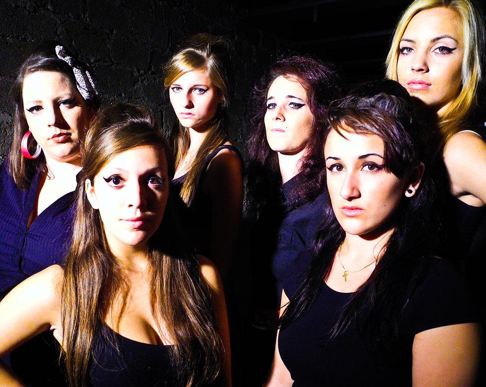 Pressefoto Winehouse Army.JPG