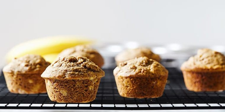 Lipstick And Lunges - Breakfast Banana Muffins - 21 Day Fix breakfast recipes