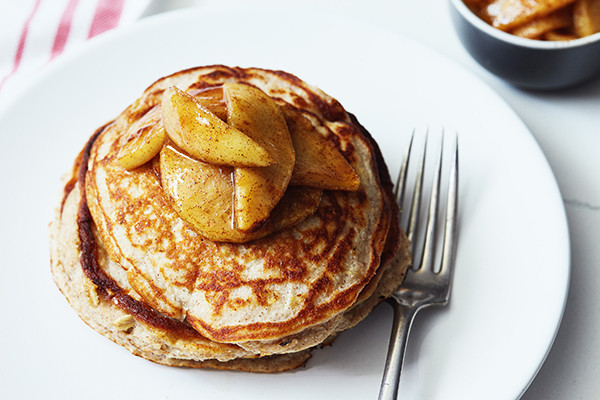 Apple Cinnamon Protein Pancakes - 21 Day Fix recipe