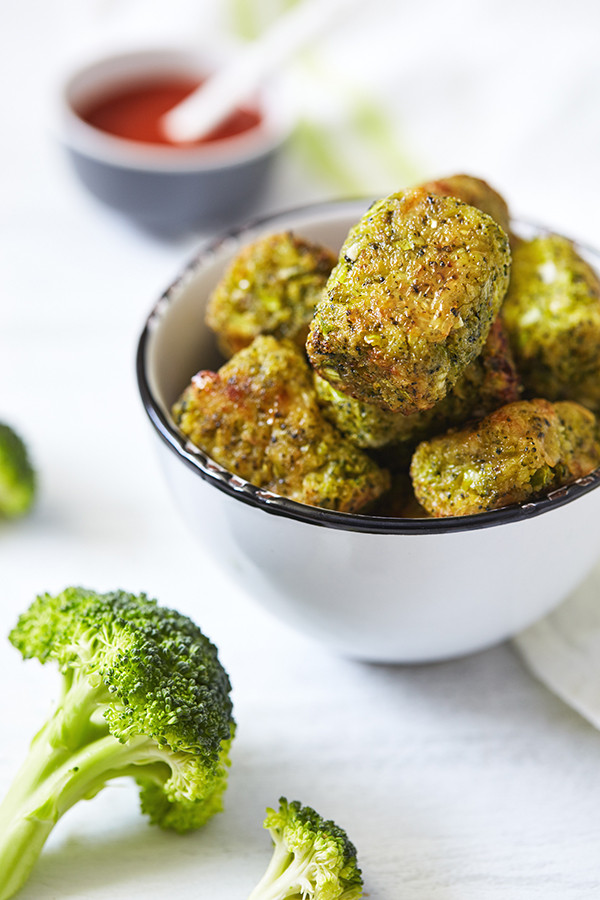 Healthy Football Game Appetizers - Broccoli Tots