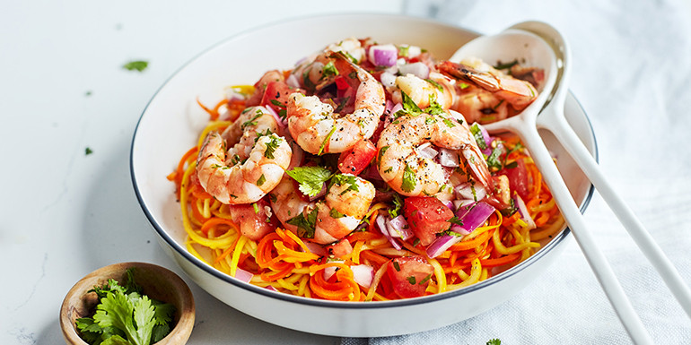Lipstick And Lunges - Diet Meal Plans - Tomato Shrimp with Carrot and Squash Noodles