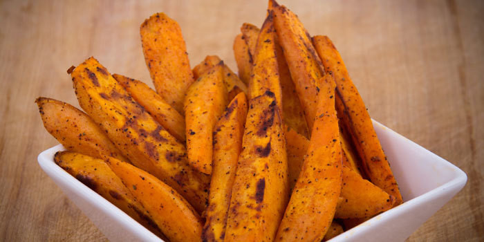 Lipstick And Lunges - Spicy Sweet Potato Fries - 21 Day Fix recipes