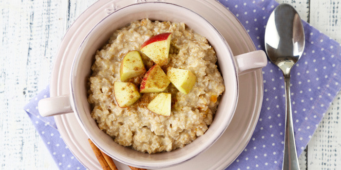Lipstick And Lunges - Diet Meal Plans - Apple Cinnamon Oatmeal