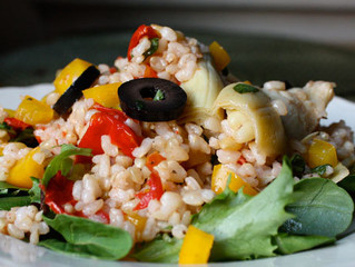 Brown Rice With Garlic and Sun-Dried Tomatoes