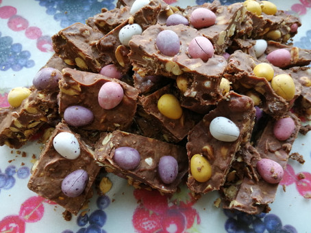 Sweet and salty Easter egg bites