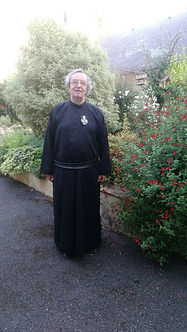2020-08-7 août-Arrivée Père Renato.jpg