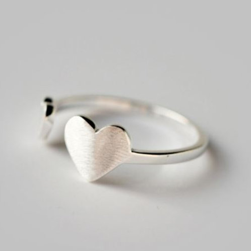 Simple Open Hearts Ring