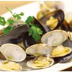 アサリとムール貝の樽出しワイン蒸し