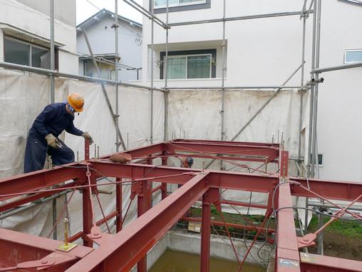 十条の住宅 鉄骨工事とオリジナルの日本酒を