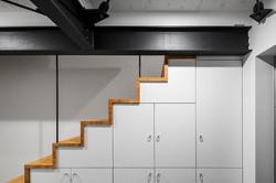ロ準耐のため、階段を家具として設計可