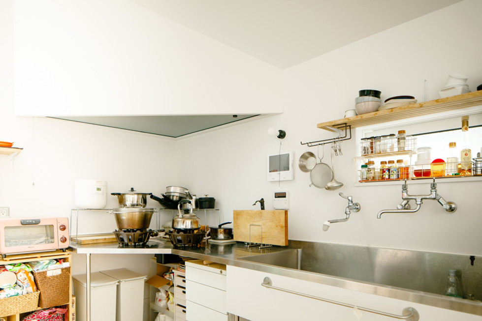 台所を見る