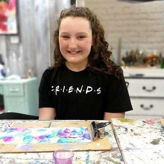 (2021)Mardi de 18H00 à 19H30 Session de cours de peinture pour les jeunes de 6-14 ans et plus.