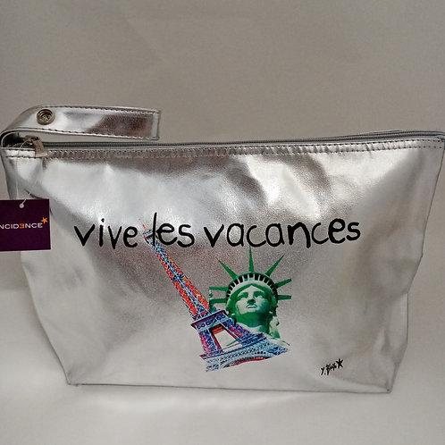 """TROUSSE IN PLASTICA ARGENTATA """"VIVE LES VACANCES"""" CON ZIPPER - INCIDENCE PARIS"""