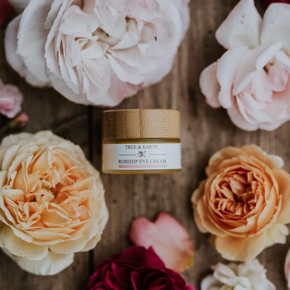 Tree & Earth Organic Rosehip Eye Cream with sun protection from Raspberry seed oil