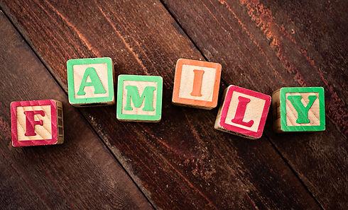 24039_35915_Family.jpg