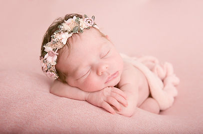 Newborn Photographer | Vancouver