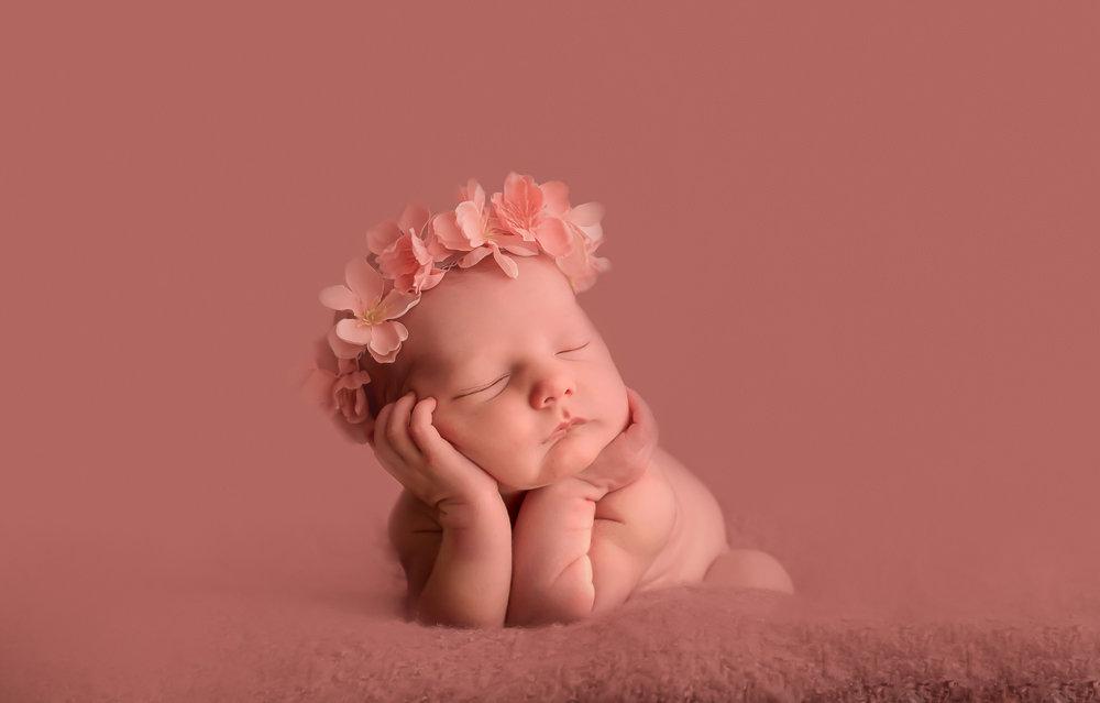 Unlimited Newborn Posed in Studio