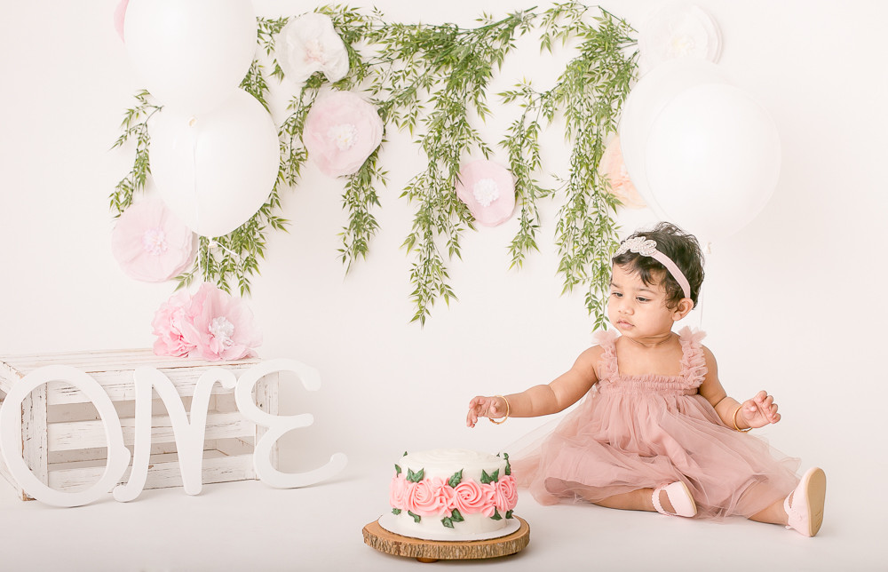 One Year Cake Smash - West Vancouver