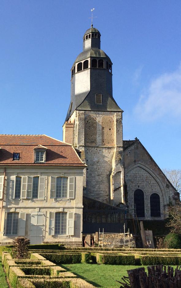Ancien Collège royal et ancienne abbatiale de THIRON-GARDAIS (28).