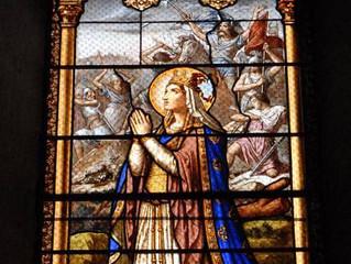 Les vitraux de l'église de Bélâbre (Indre)