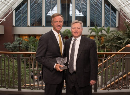 Tennessee Business Leaders Honor Governor Bill Haslam with Gordon Fee Leadership in Education Award