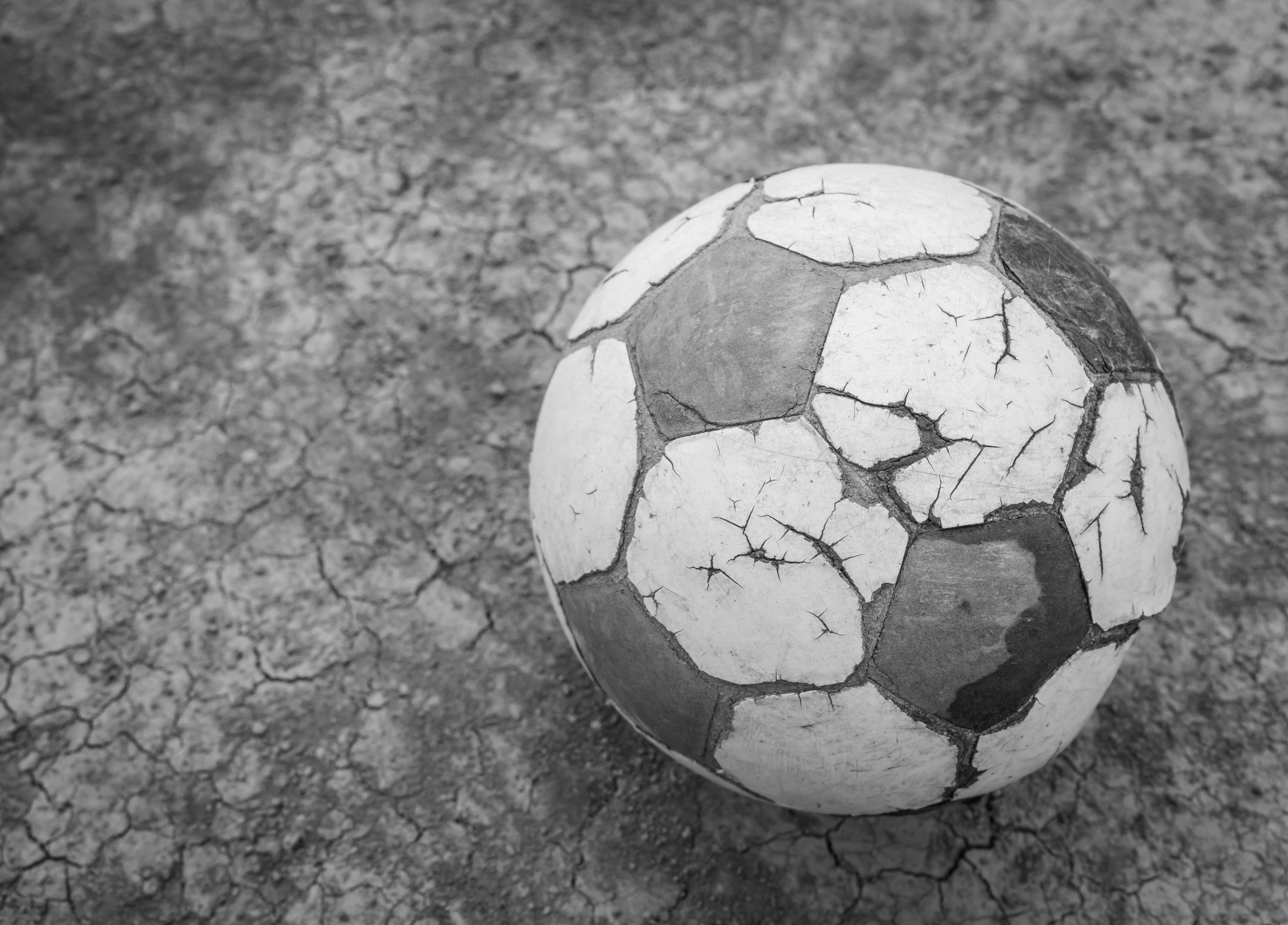 soccerballbw