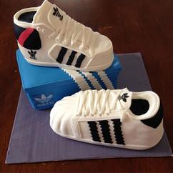 #ScultpedCake #EdibleShoes #Adidas #Shoe